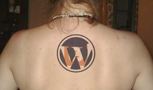 Tatuagens de internet e redes sociais 11